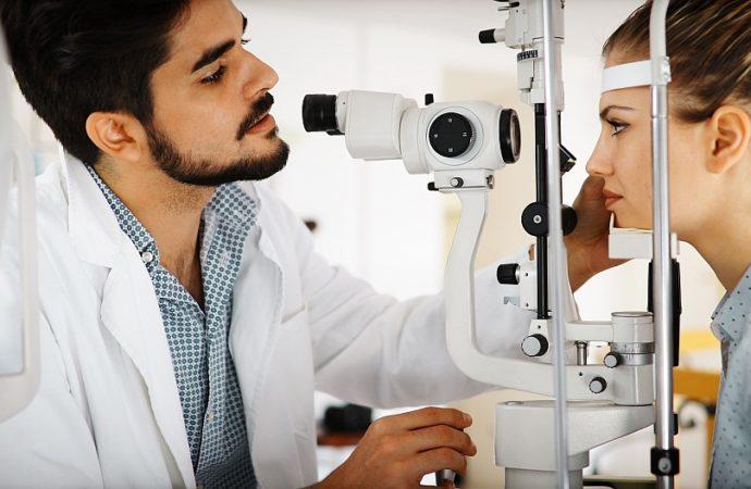 Co poprawia wzrok?
